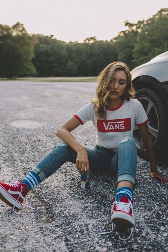 Converse vs. Vans  The most desired shoe (40 outfits)  ed6e2b2b4