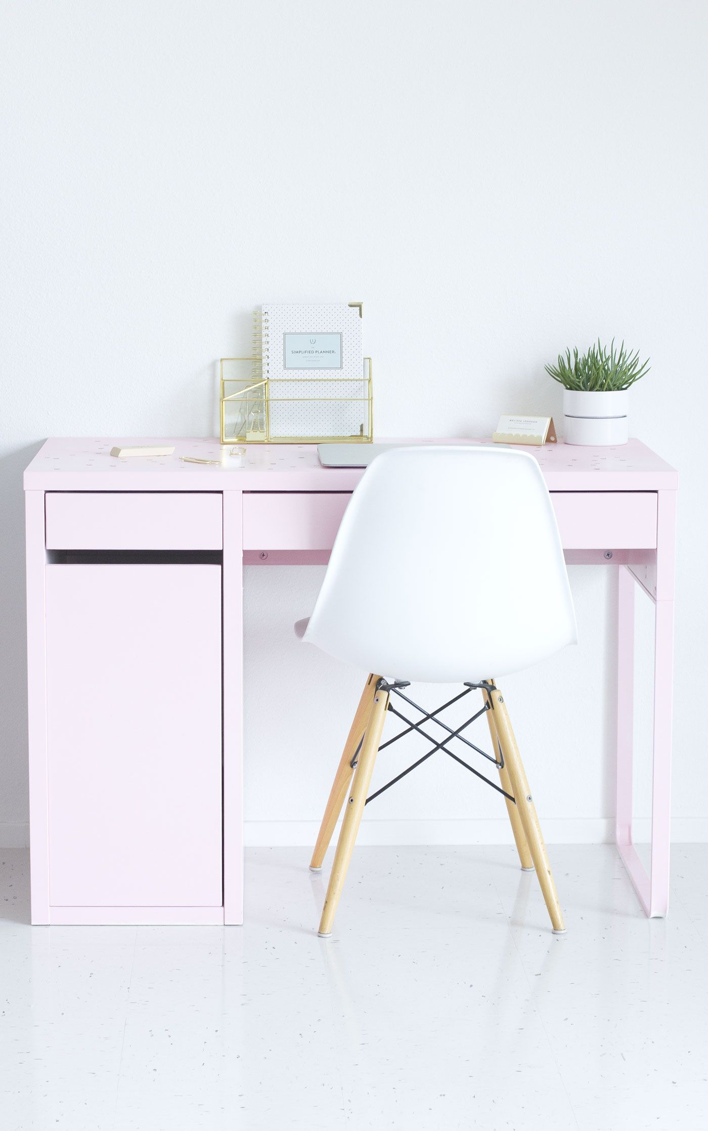 Diy Pink Ikea Desk Makeover Desk Makeover Ikea Desk Desk With