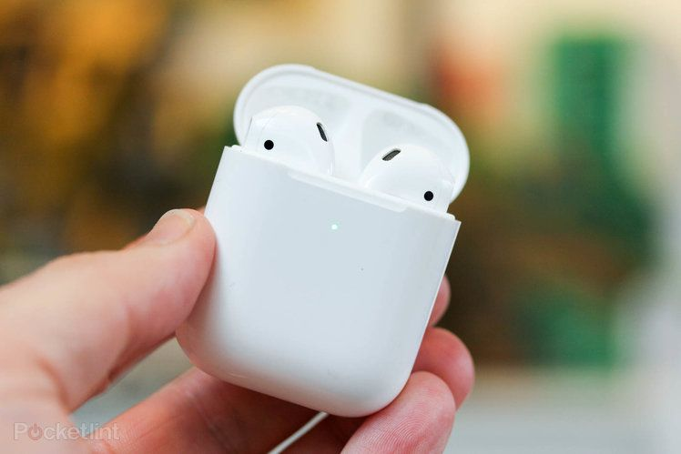 Apple Might Launch Third Gen Airpods In 2021 New Airpods Pro In 2022 Apple Airpods 2 Apple Apple Products