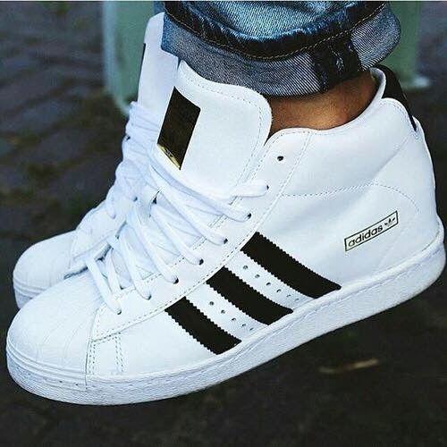new product e33e1 18b45 Baskets Adidas compensées