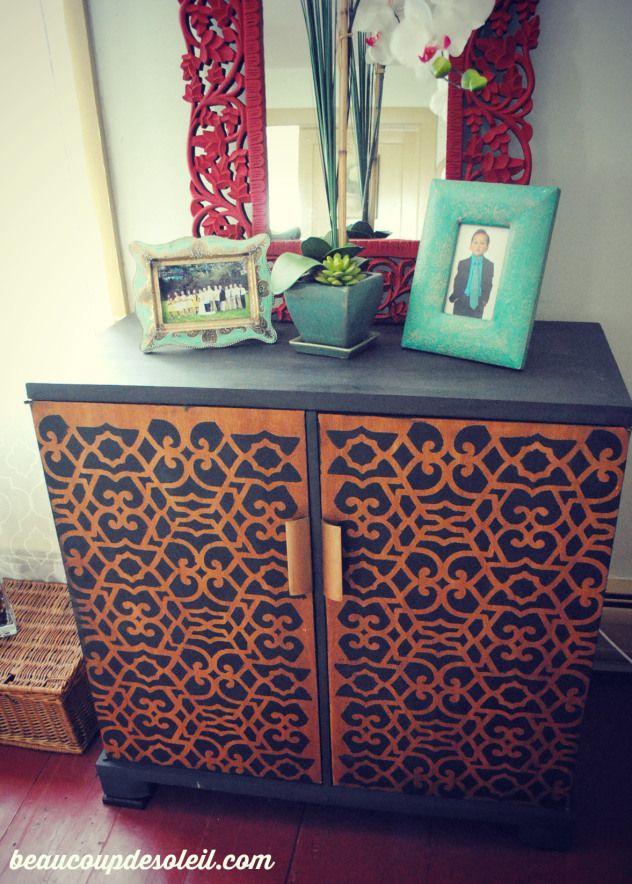 Chez Sheik Moroccan Furniture Stencil