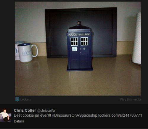CHRIS COLFER IS A WHOVIAN!!!!!!