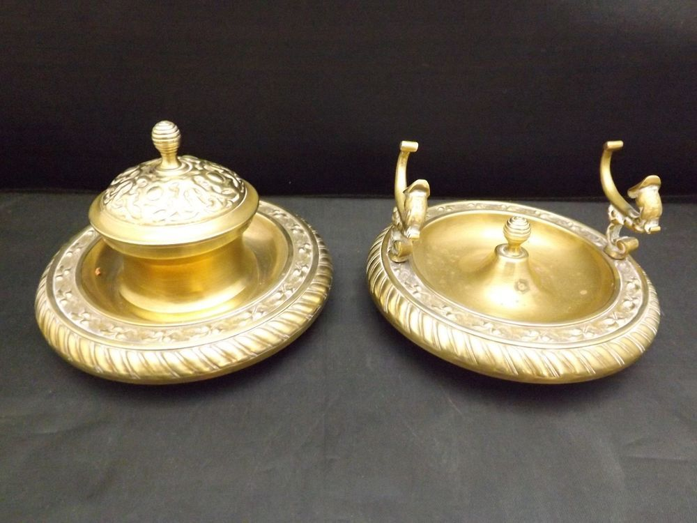 Antique two bronze pieces set - inkwell and pen rest - italian - complete