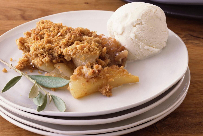 Traditional British Apple Crumble Einfacher ApfelstreuselApfelkuchen