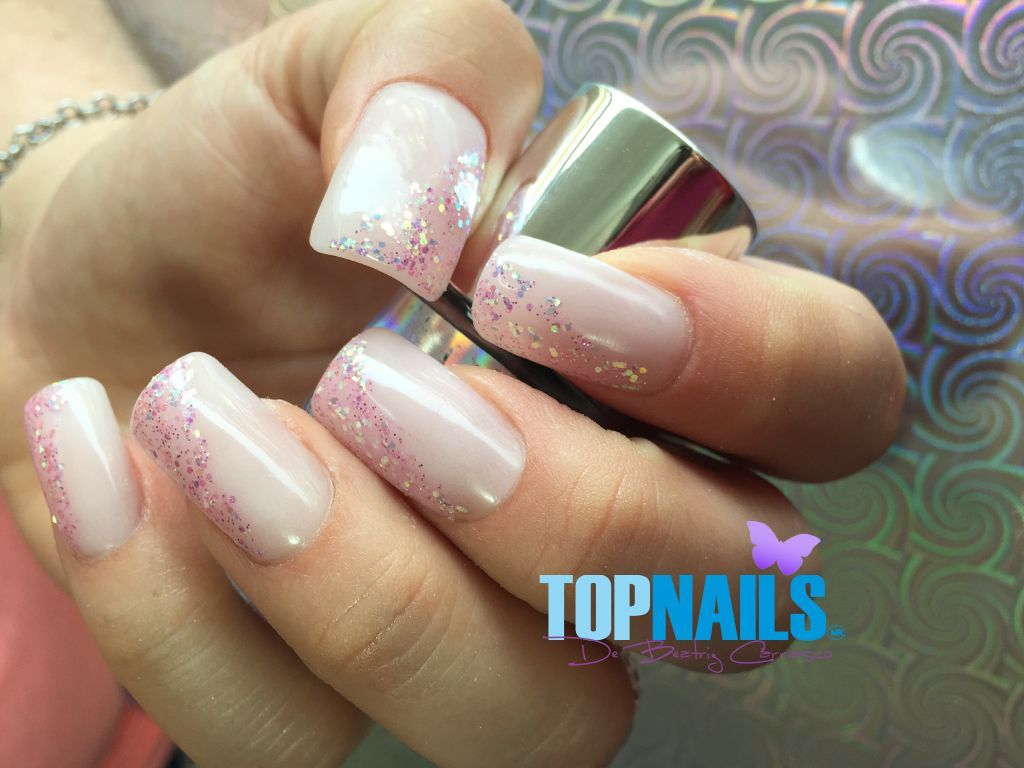 Uñas De Gel Decoradas Sencillas Pin De Topnails Cl En Uñas Decoradas Pinterest Uñas