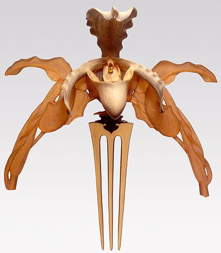 Orchid diadem Lalique ca. 1903-1904  ivory, horn, gold, topaz  Museo Gulbenkian