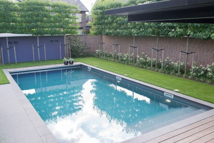 Zwembad buiten zwembad for Zwembad inbouw