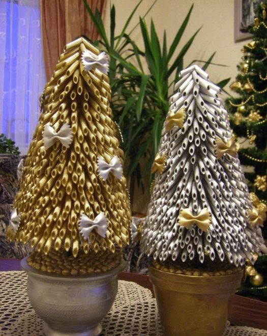 Diy Christmas Trees Pots Gold Silver Bow Tie Pasta Ribbons Diy Christmas Tree Ornaments Christmas Crafts Kids Ornaments Christmas Tree Design