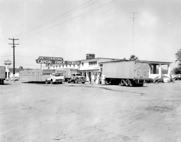 Truck Stop Of The Old Days With Images Big Rig Trucks Vintage