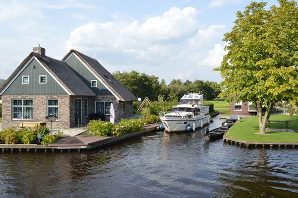 Hausboot Friesland mieten Freizeit Sport