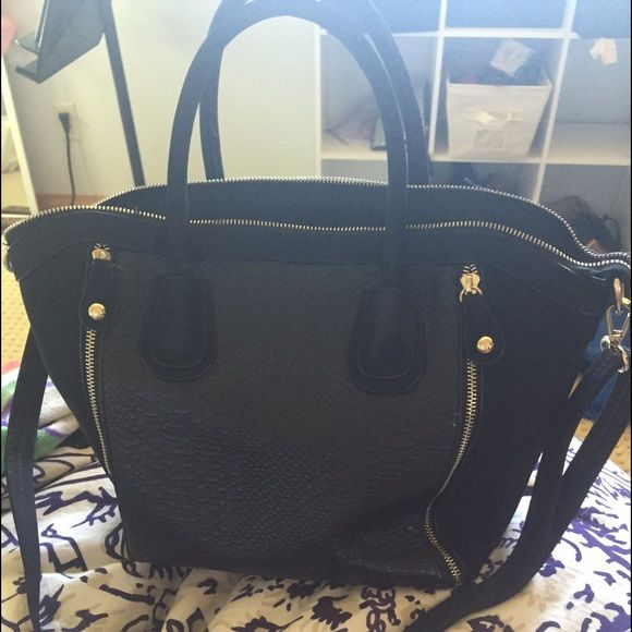 Nordstroms purse Bought this less then a year ago. Used a handful of times in great condition Bags Totes