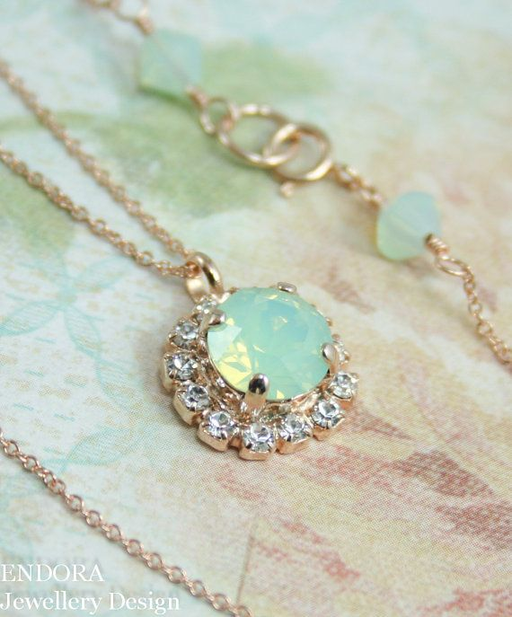 ART DECO NECKLACE~ Vintage jewelry~ Chain Pendant necklace~ Mint green~ Fashion jewelry for her~ Gift