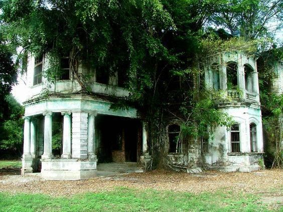 Kuala Kubu Bharu (KKB).A view of this gorgeous abandoned mansion near Rasa. This is the other side of the house that was abandoned so quickly that they left their 3 cars in the garage. Locals believe the place is haunted and most people refuse to even step onto the property.