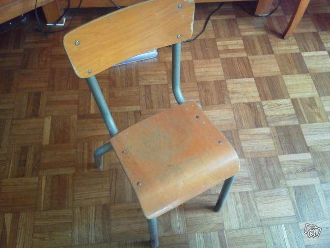 Petite Chaise De Bureau Enfant Vintage Ameublement Ille Et Vilaine Leboncoin Fr Avec Images Chaise Bureau Enfant Bureau Enfant Chambre Enfant Garcon