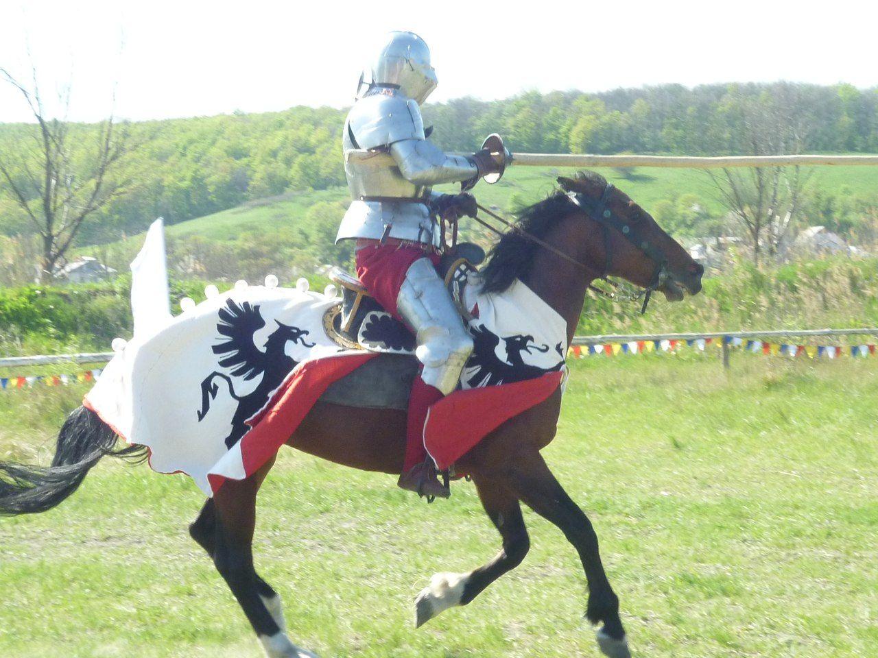 семинар по военному делу средневековья (1 по 4 Мая)   198 фотографий