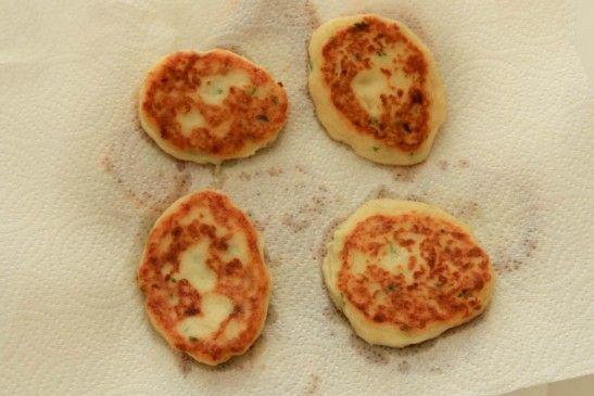 Easy Mashed Potato Pancakes #potatopancakesfrommashedpotatoes Easy Mashed Potato Pancakes #potatopancakesfrommashedpotatoes