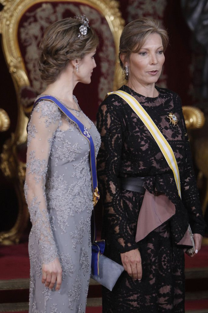 Foro Hispanico de Opiniones sobre la Realeza:  Queen Letizia of Spain (L) and Maria Clemencia Rodriguez de Santos (R) attend a Gala dinner at the Royal Palace on 02.03.2015 in Madrid, Spain.