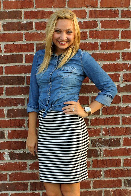 d67af24e95d1 denim shirt / striped skirt | Style in 2019 | Stripe skirt, Winter ...