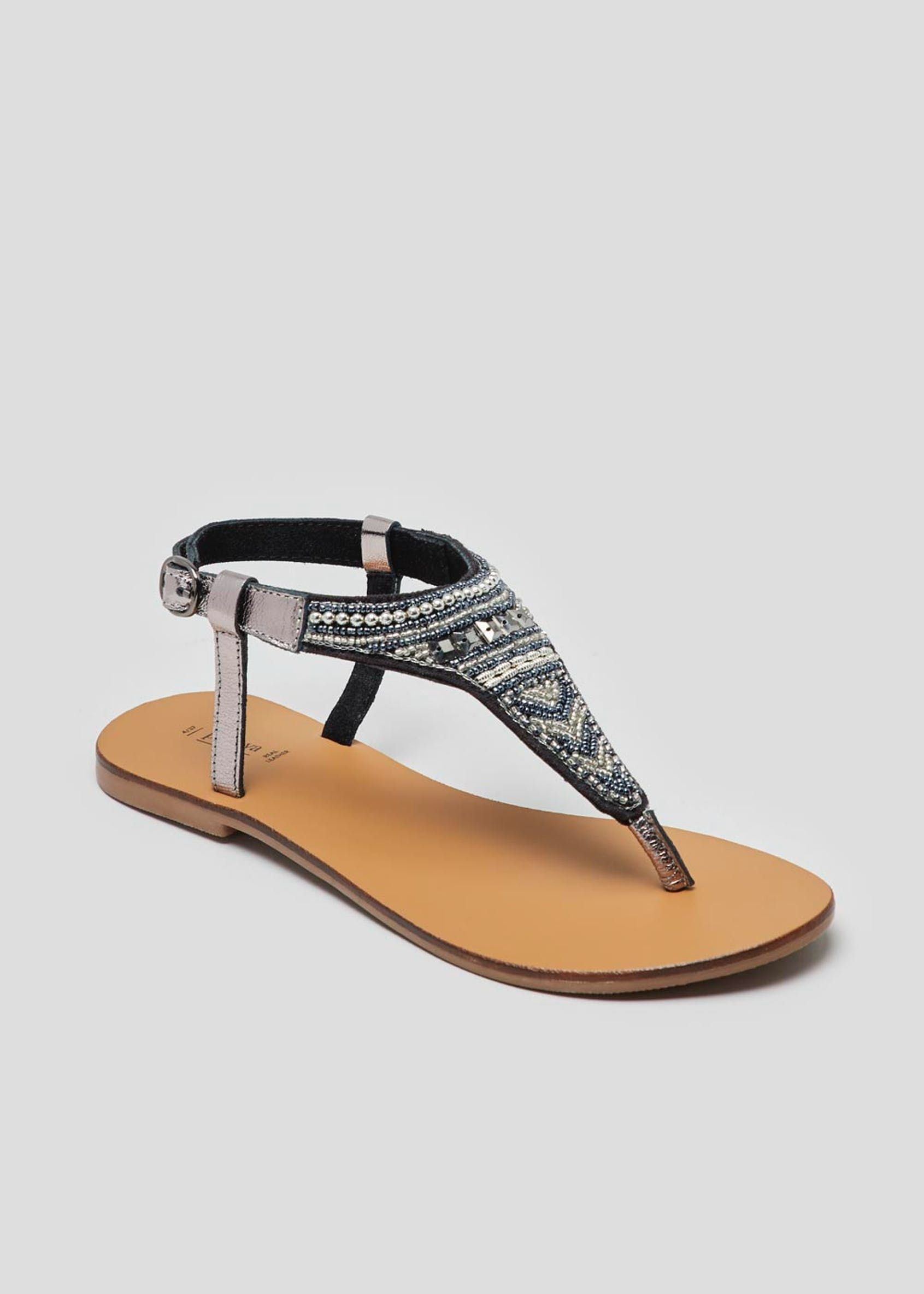 Real Leather Embellished Toe Post Sandals </p>                     </div>   <!--bof Product URL --> <!--eof Product URL --> <!--bof Quantity Discounts table --> <!--eof Quantity Discounts table --> </div>                        </dd> <dt class=