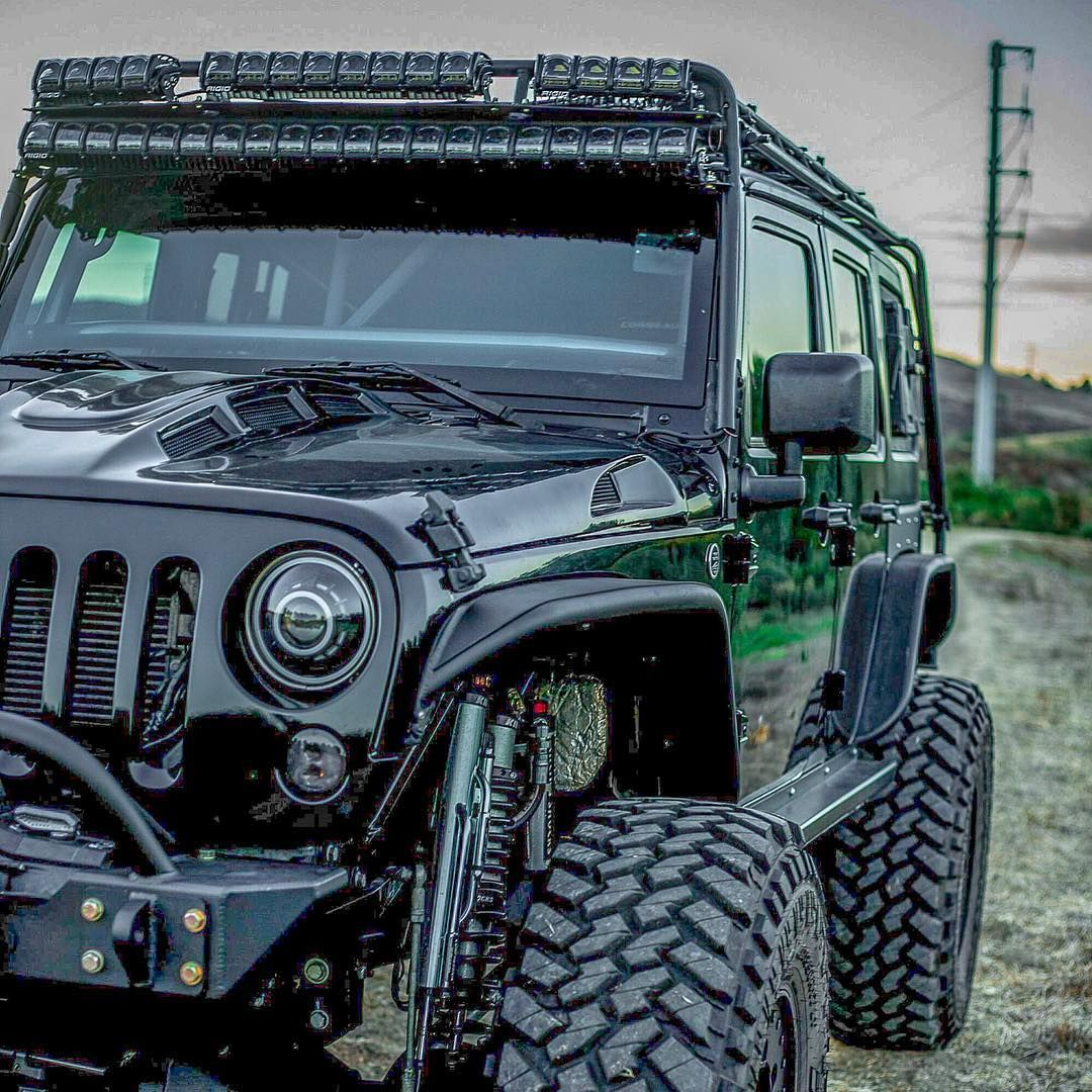 Reposting Jk Southpaw Jeep Jeepwrangler Currieenterprises Kingshocks Teraflex Genrightoffroad Rockslideengineering Warnw Jeep Jk Jeep Built Jeep
