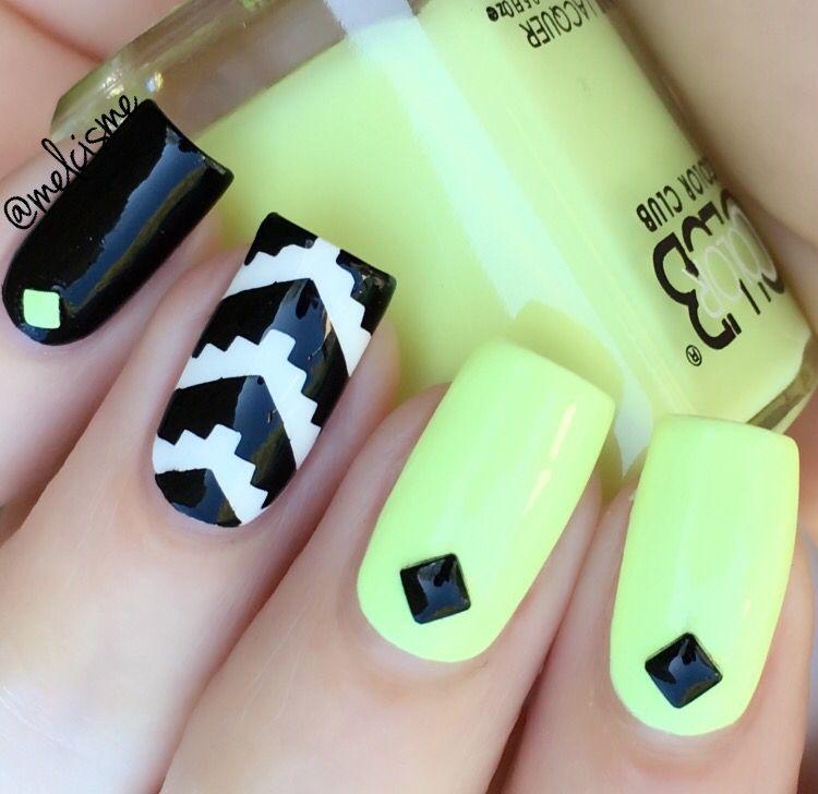 neon X tribal   Nail Art by me   Pinterest   Arte de uñas, Uña ...