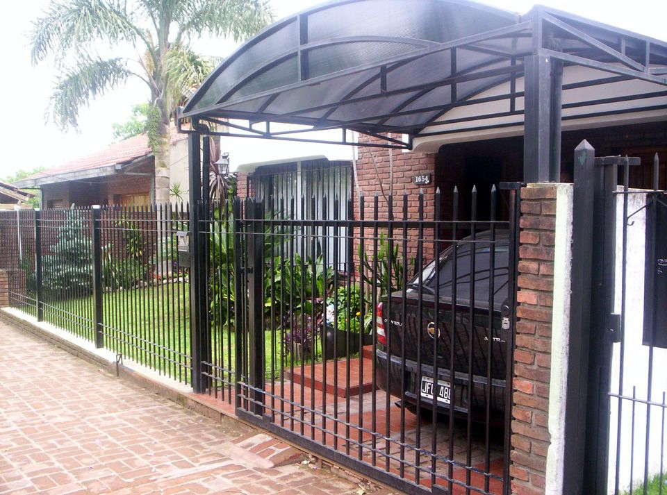 Garajes con techos policarbonato buscar con google for Techos de policarbonato para garage