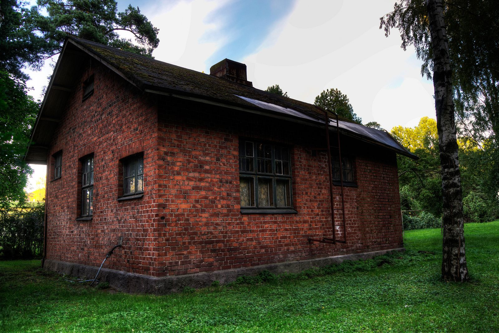 HDR in Helsinki: Old Brick House | Blog For Photos HDR ...  HDR in Helsinki...