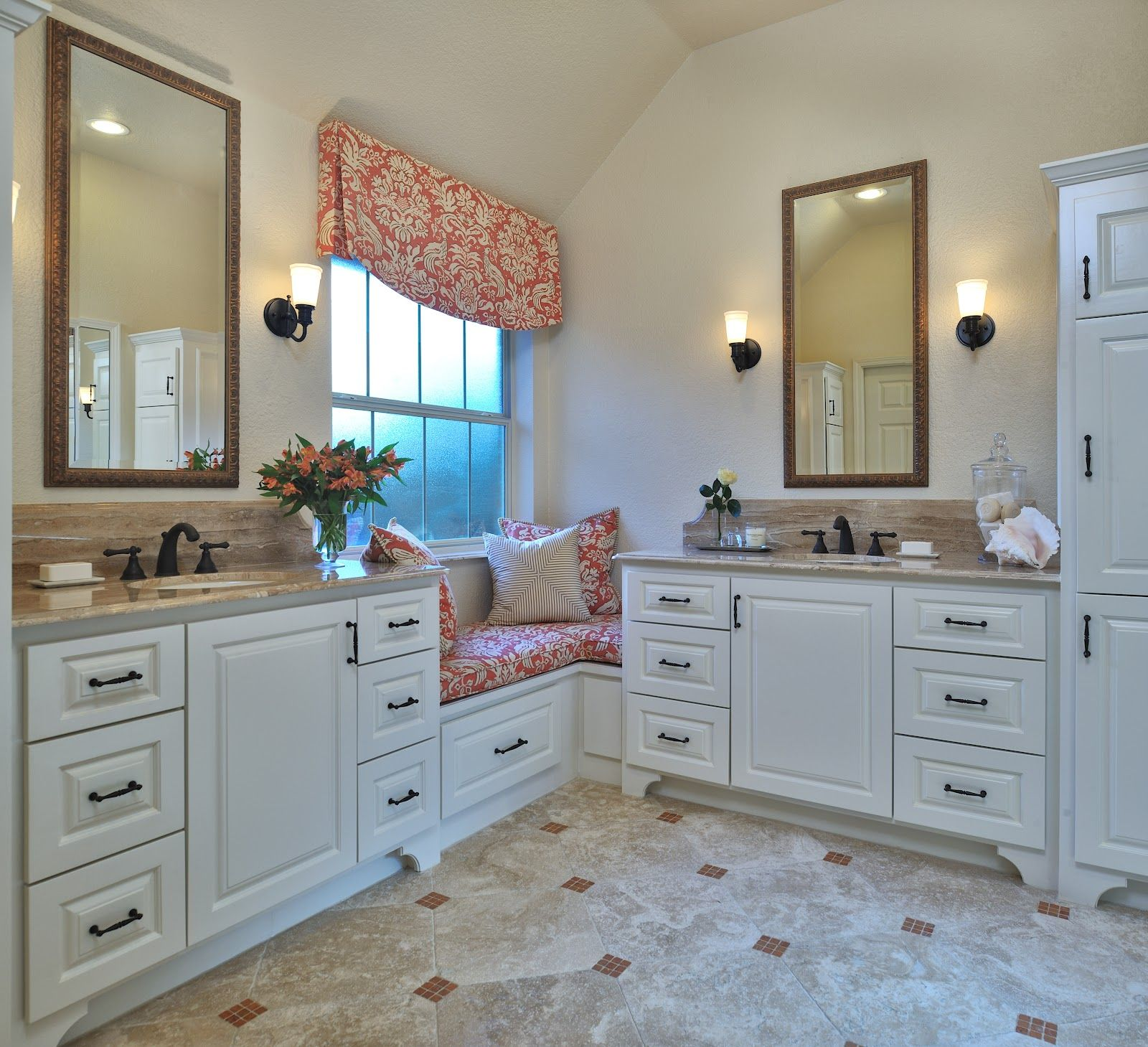 Master Bath With A Window Seat Home Decor Master Bath