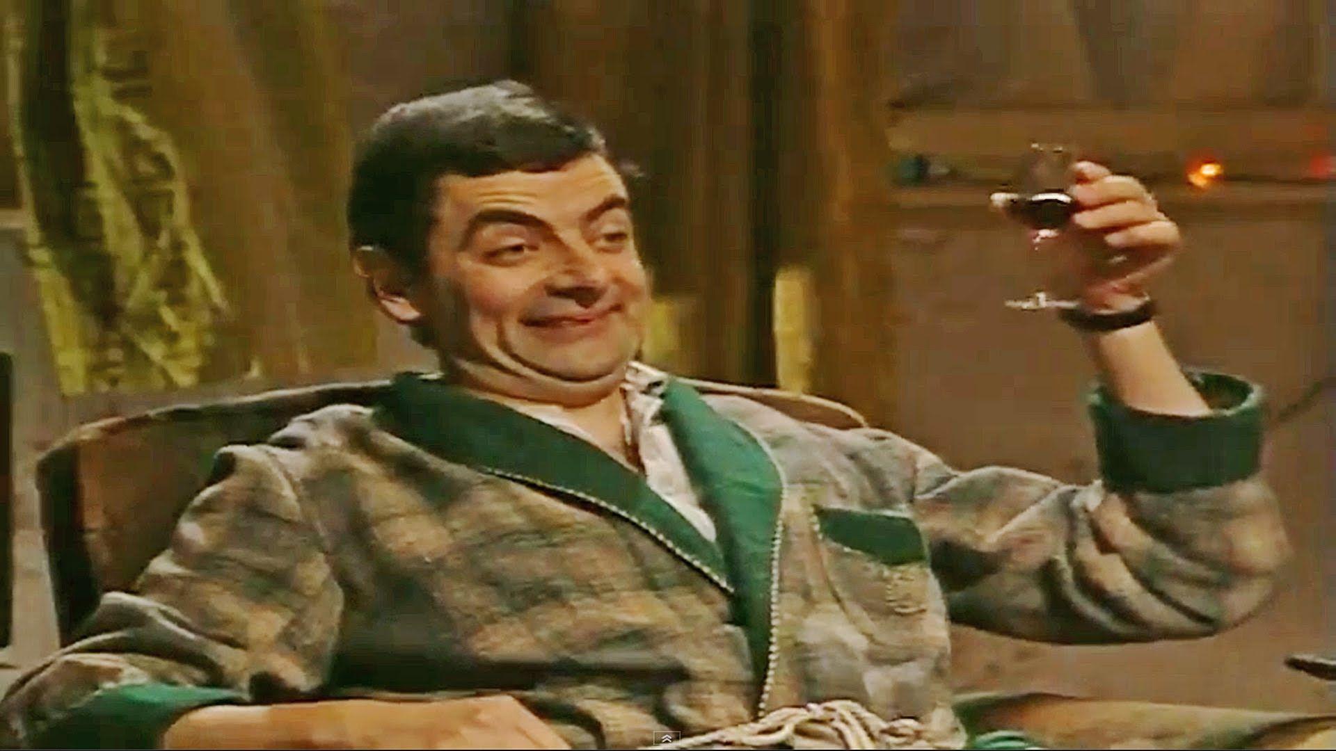 Mr Bean Christmas.Mr Bean Christmas Eve Tv Britcoms Mr Bean Christmas