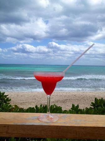 Now Jade Riviera mexico | Foto de Now Jade Riviera Cancun Resort & Spa, Puerto Morelos: Drinks ...