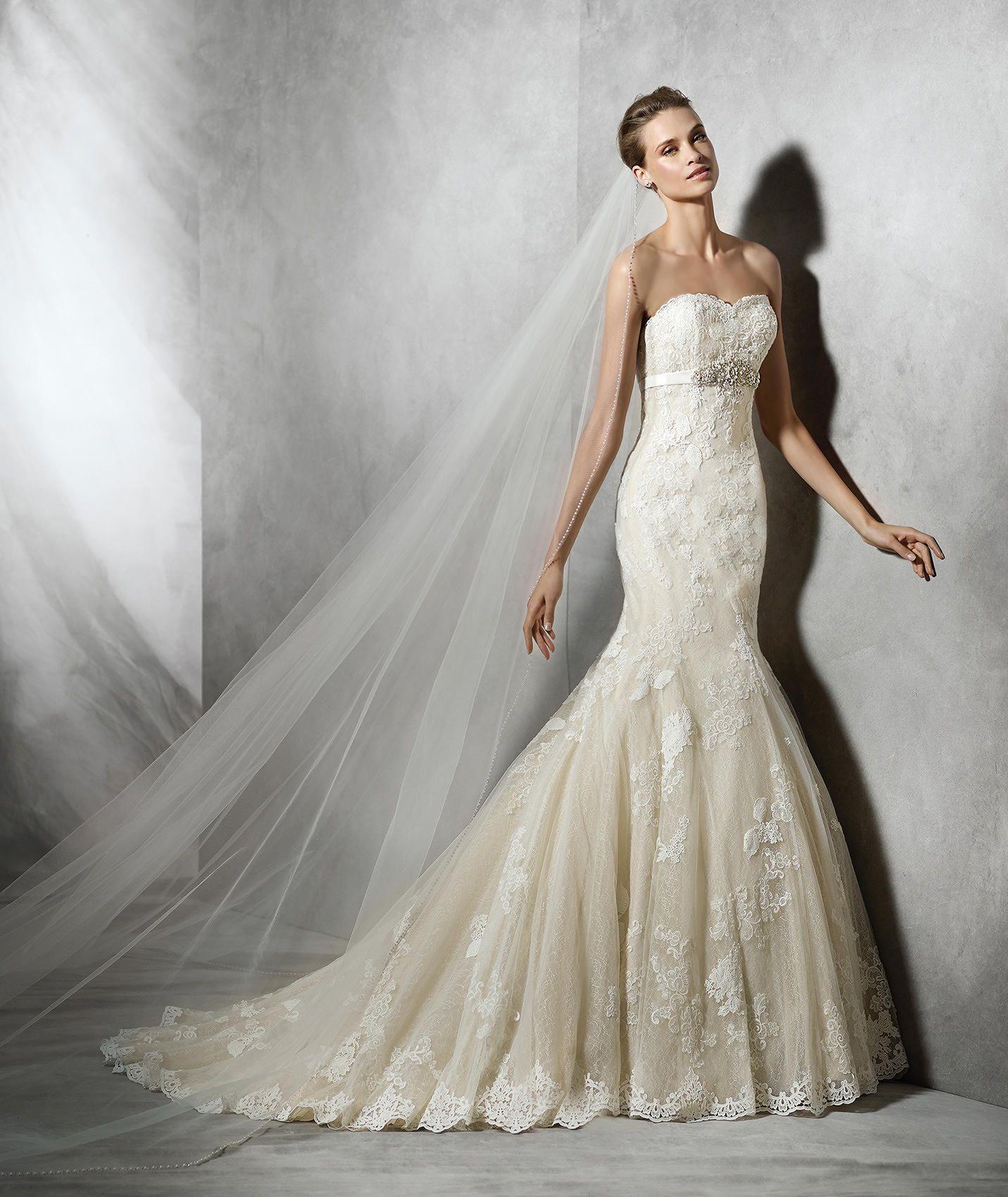 Mermaid Sweetheart Applique Chapel Train Champagne Wedding Dress