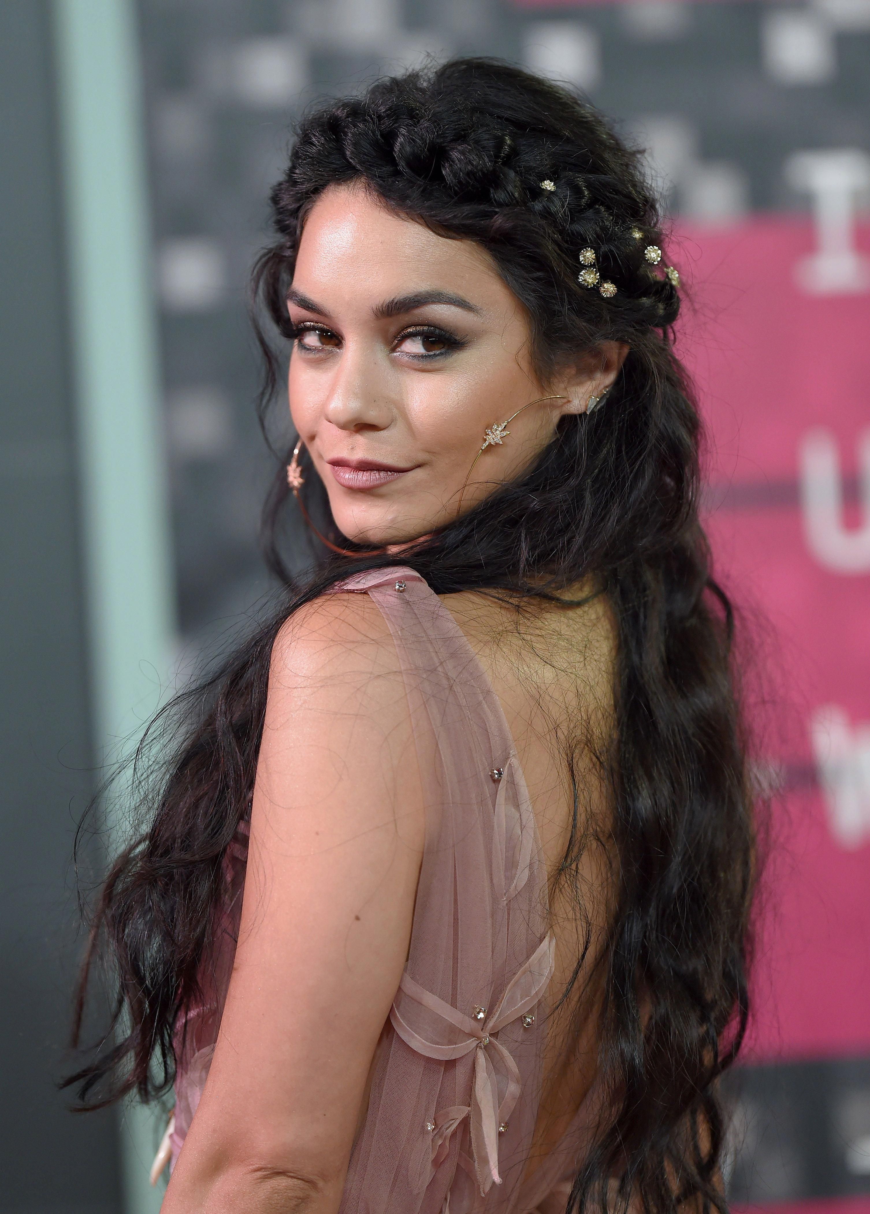 vanessa hudgens prom hair inspiration | prom hairstyles ...