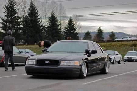 slammed lowered dropped p71 crownvic net car modification ideas ford police mercury cars slammed lowered dropped p71 crownvic