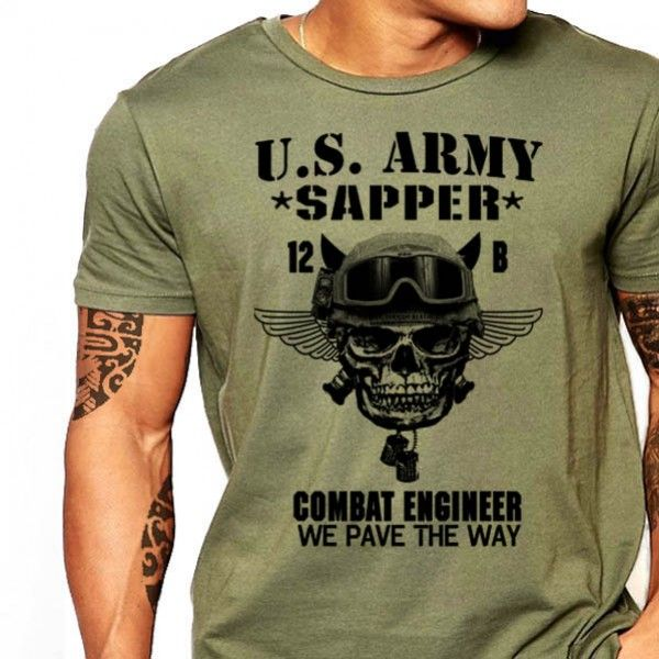 e747761d US Army Combat Engineer T-Shirt Sapper Essayons Clear The Way | us ...