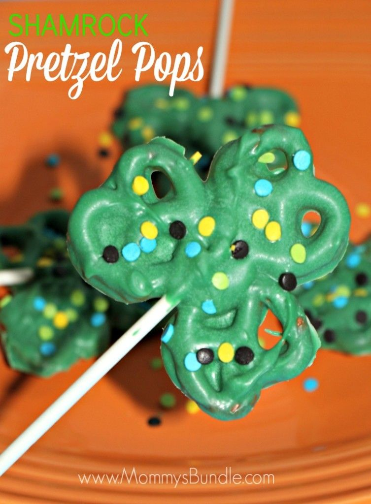 Shamrock Pretzel Pops {St. Patrick's Day Recipe | Salty ...