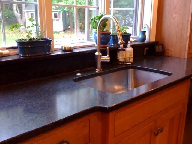 Granite With Antiqued Finish Bump Out Kitchen Granite