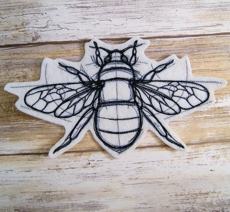 Sketchwork Honey Bee Iron On Embroidery Patch MTCoffinz   | Etsy