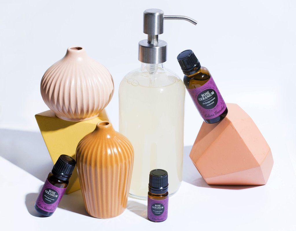 The Best Essential Oils To Add To Your Body Wash Best Essential
