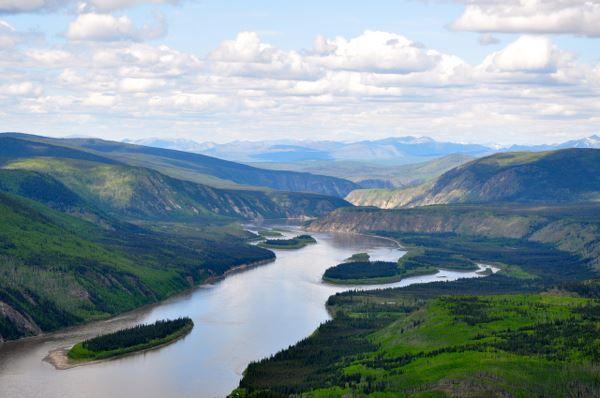 カナダ ユーコン川 偉大なる川 北アメリカの北西部に流れる河川の