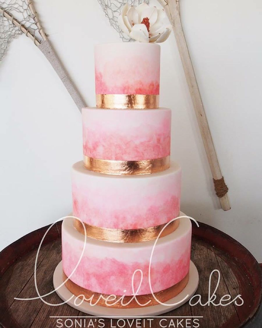 Gorgeous pink and rosegold wedding cake (would also be adorable for ...