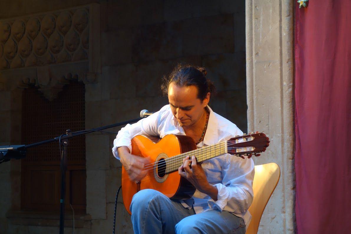 Con Ciertos Encuentros Xv Edicion Concierto De Guitarra David Tavares 9 De Julio De 2016 21 30 Horas Concierto Encuentro Guitarras