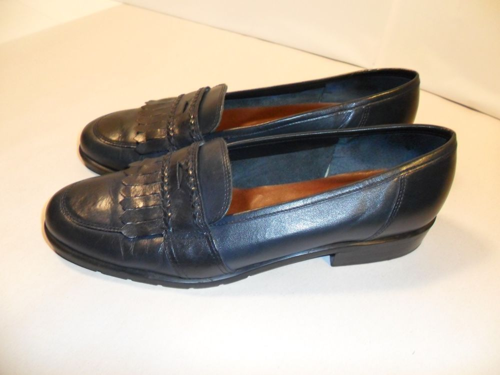 e16289226c9 Etienne Aigner Women s Navy Blue Shoes Leather Slip On Penny Loafers NICE! 8.5  M  EtienneAigner  LoafersMoccasins