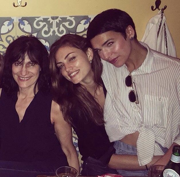 Phoebe with Pauls Mum and sister! (With images) | Phoebe ...