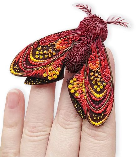 Russia's Daria Telegina (Balambeshka on IG) is smitten with moths. Her Facebook and Instagram are filled with these exotic creatures which she refers to as cute things. Each one is more complex than the last with exquisite details on their poly [...]
