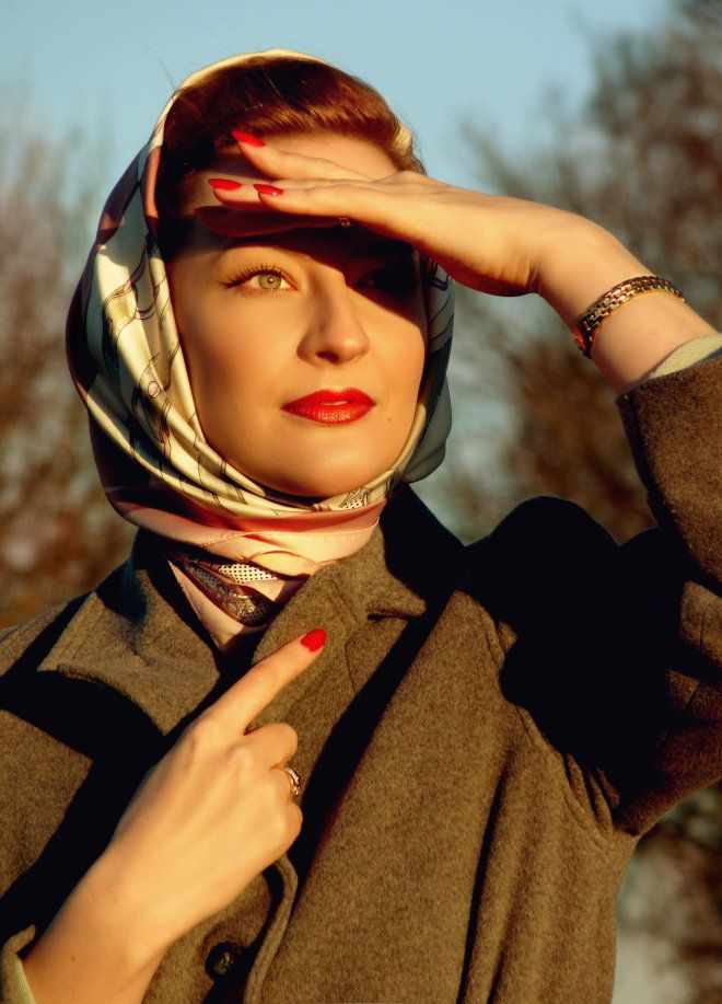 Lily Jarlsson   Makeup & nails 1940s / 1950s style in warm ...