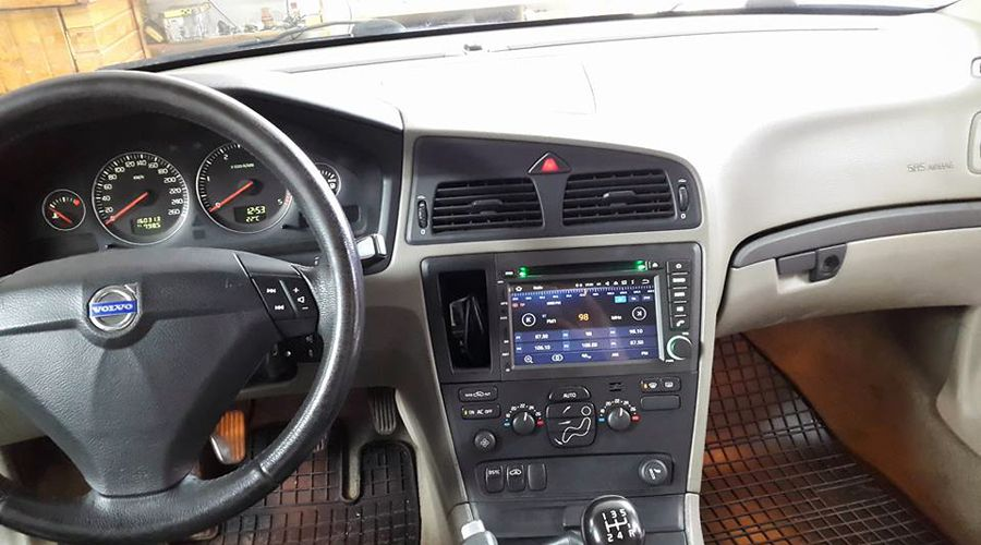 volvo s60 v70 aftermarket navigation car stereo upgrade