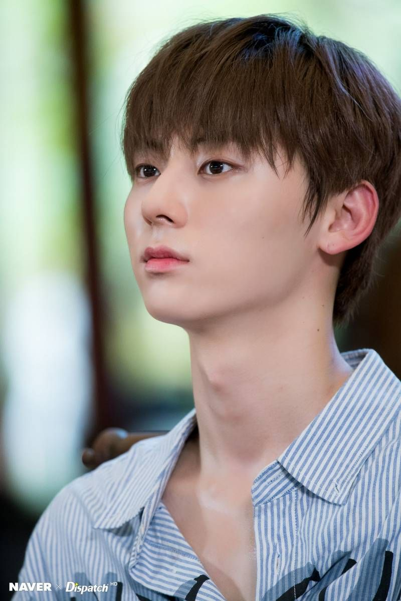 """Click for full resolution. [NAVER x DISPATCH] WANNA ONE """"Wanna Travel 2"""" in Pattaya , Thailand filming (18219)"""