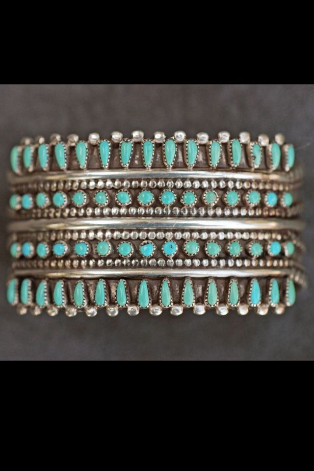 Signed Zuni Needlepoint Sterling Silver Turquoise Cuff Bracelet 50 3