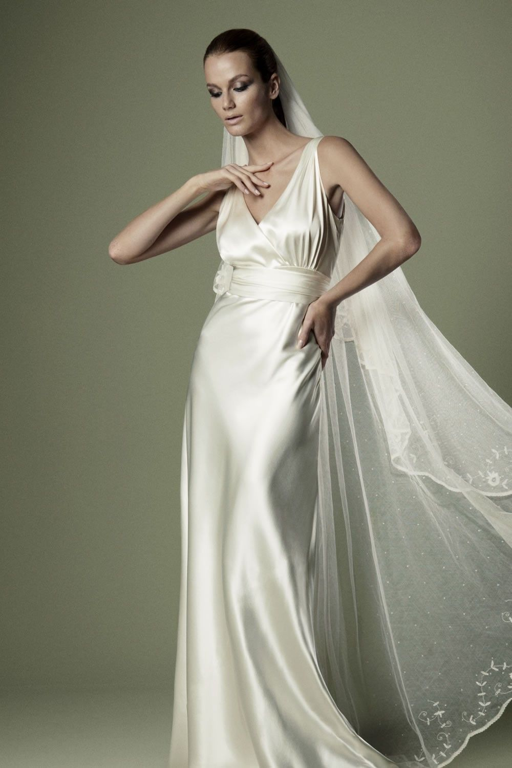 1930'S INSPIRED BRIDAL GOWNS Satin Dress with Cross