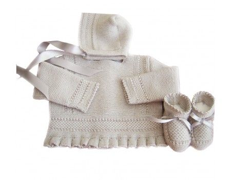Conjunto tres piezas en lana.